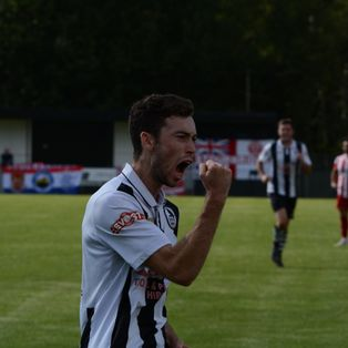 Ravens Edge Past Warwick To Progress In FA Cup