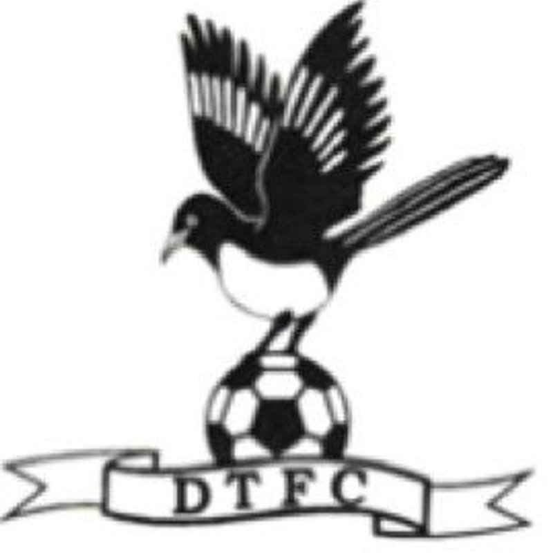 Two early goals see the Scholars struggle at Dereham Town