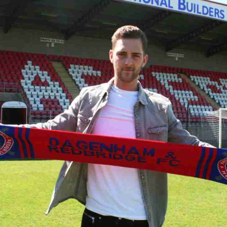 New Midfielder For Daggers