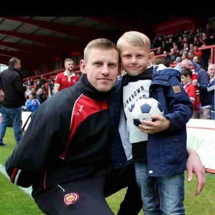 Carnell Leaves The Reds