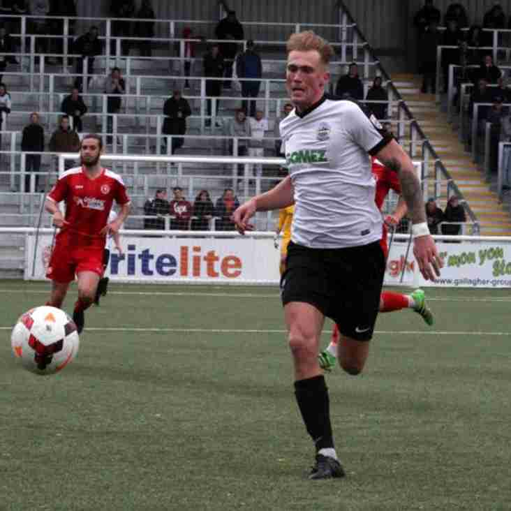 Winger Extends Dover Stay