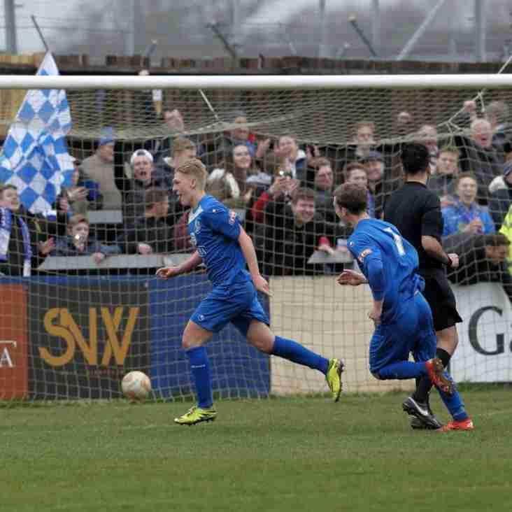 Andrews Returns To Bluebirds On Loan