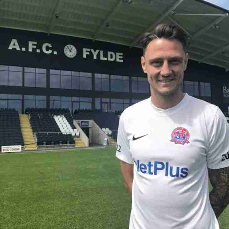 Grand Signing By The Coasters As Fylde Add Another
