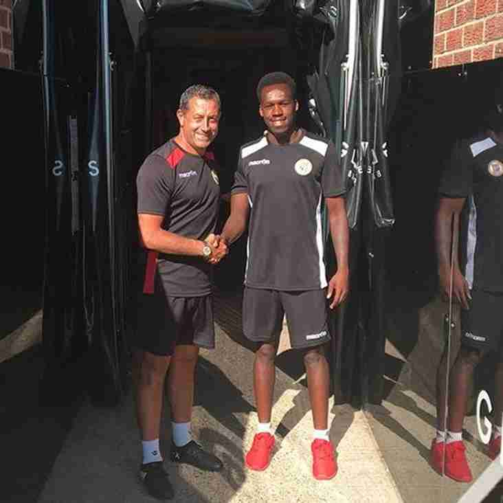 Bromley Bring In New Left-Sided Player