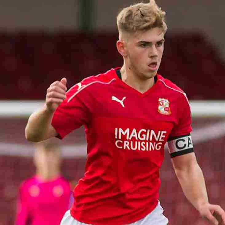 Swindon Youngster Loaned To Chippenham