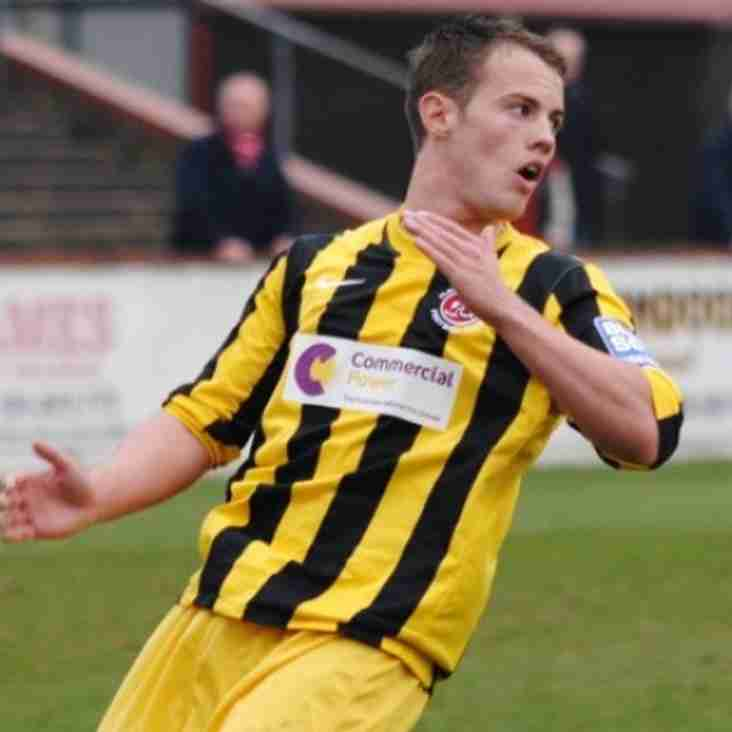 Cox Goes Back To Barrow For Midfielder