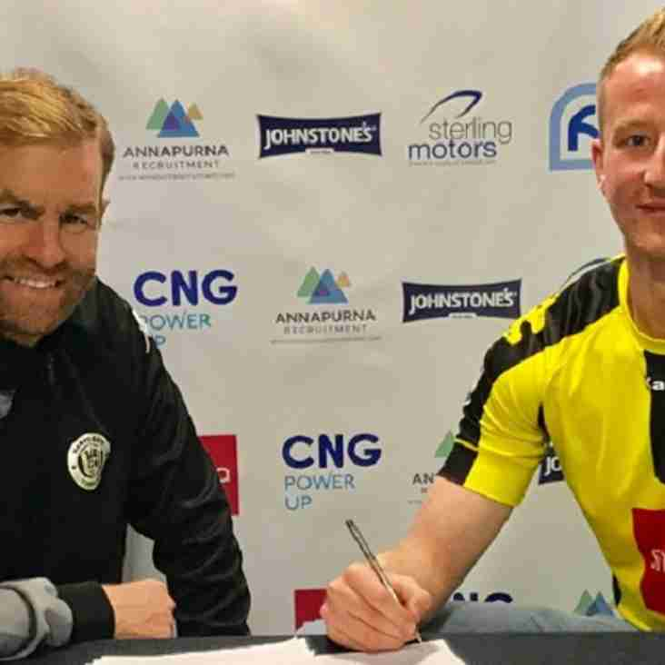Harrogate Sign Quakers Big Forward