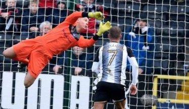 Oxford Keeper Becomes A Loan Lamb