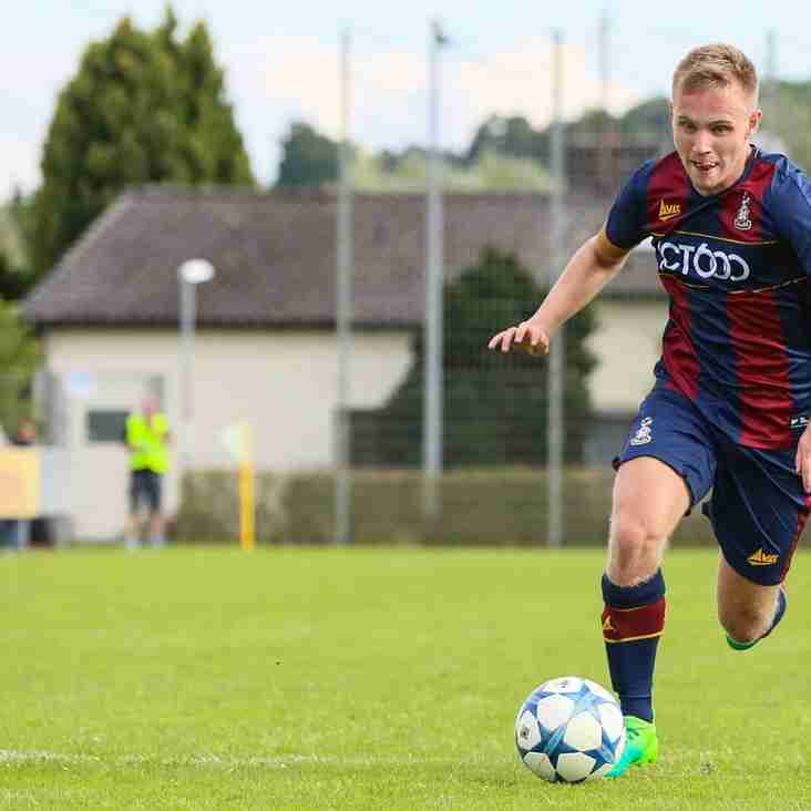 Avenue Take Young Midfielder On Loan From Neighbouring Bantams