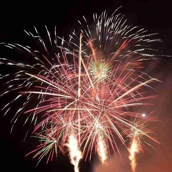 Spectators cram Seel Park for firework spectacular