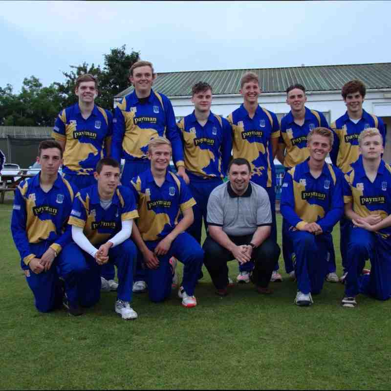 The Frome Falcons with their sponsor: Payman (Credit: Shaun Weston)
