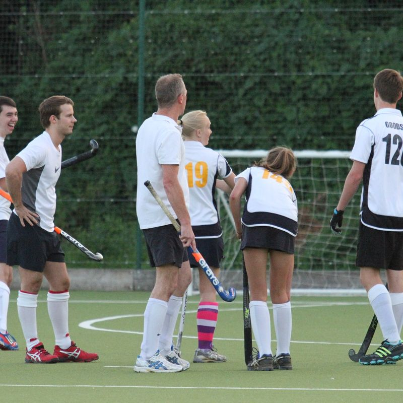 Summer Mixed Stags beat Cheshunt Mixed 2 - 6