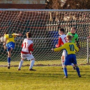Classy Yellows Fall Short At Premiership Giants