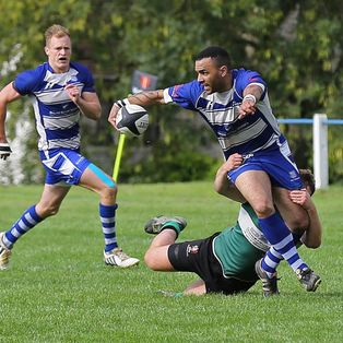 Stroud dominate in the Easter Sunshine