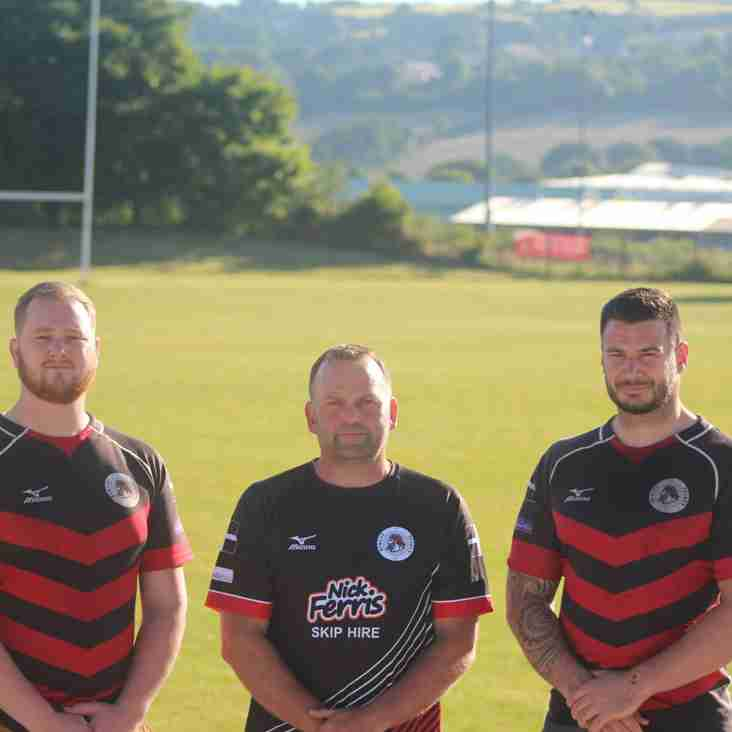 Penryn make final two signings