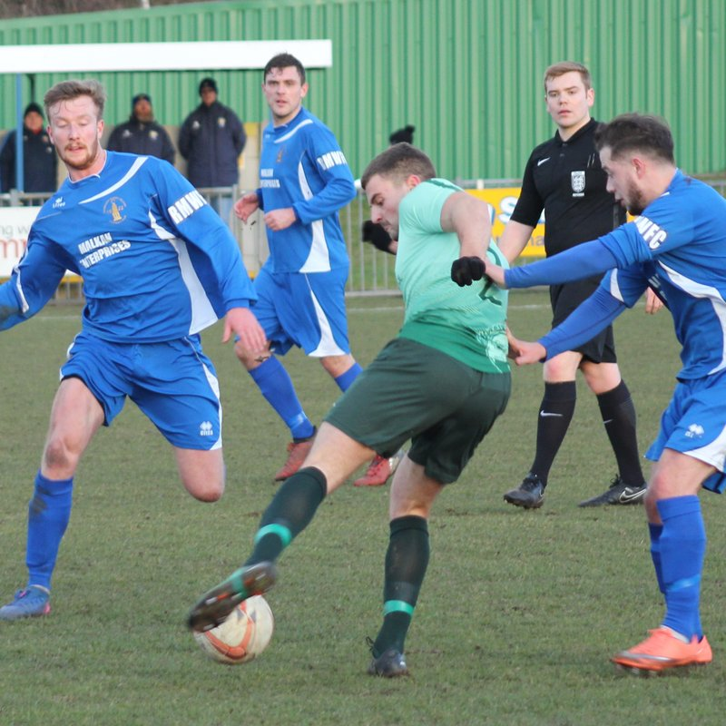 Ten man Rainworth battle out a draw