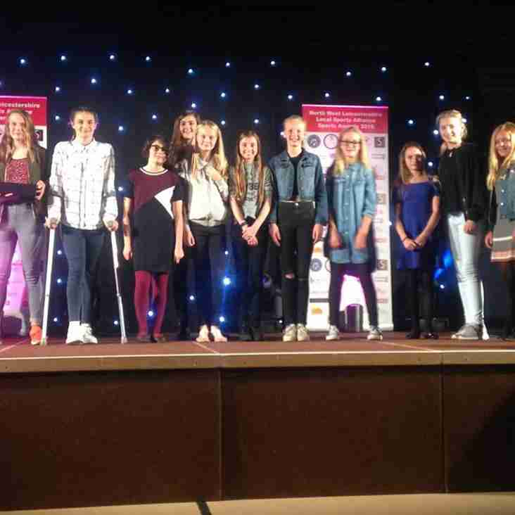 Ravenettes Named NW Leicestershire Junior Team Of The Year 2016