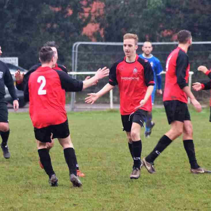 Knowle secure all 3 points during a feisty game v Redditch Borough