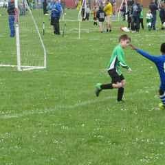 Bulldogs vs Caversham Pythons 4/6/16