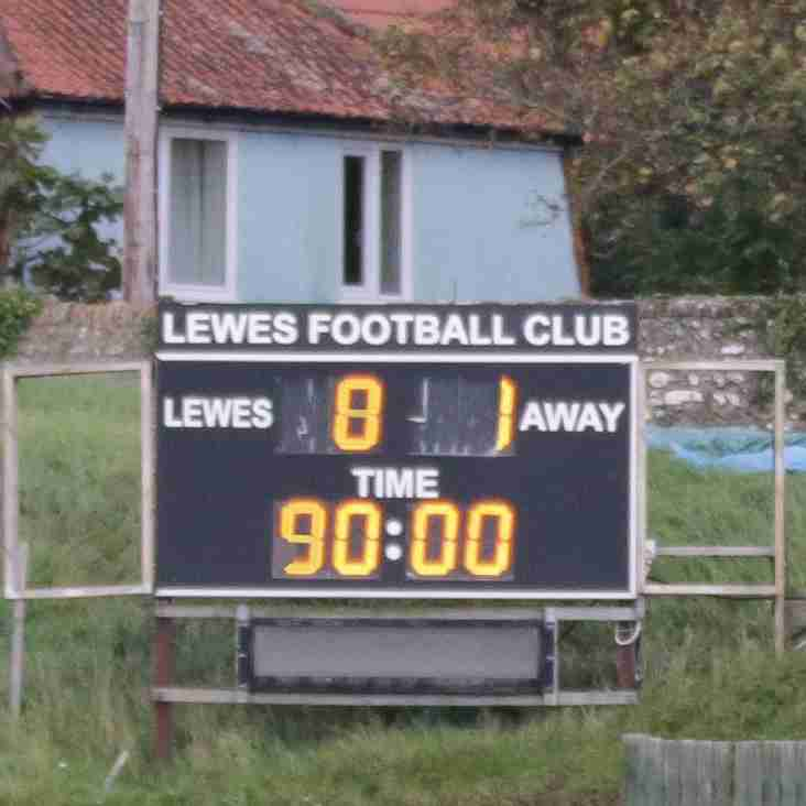 Rooks go goal crazy, Greens stay at the summit, and Canvey win a thriller!