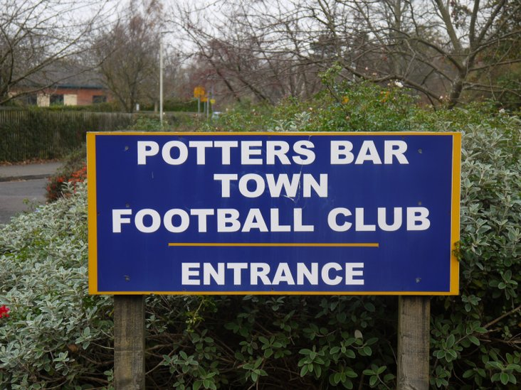 Welcome to Potters Bar Town