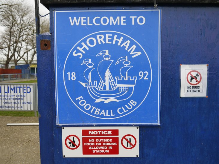 Welcome to Shoreham (but not with a dog or your own food!)