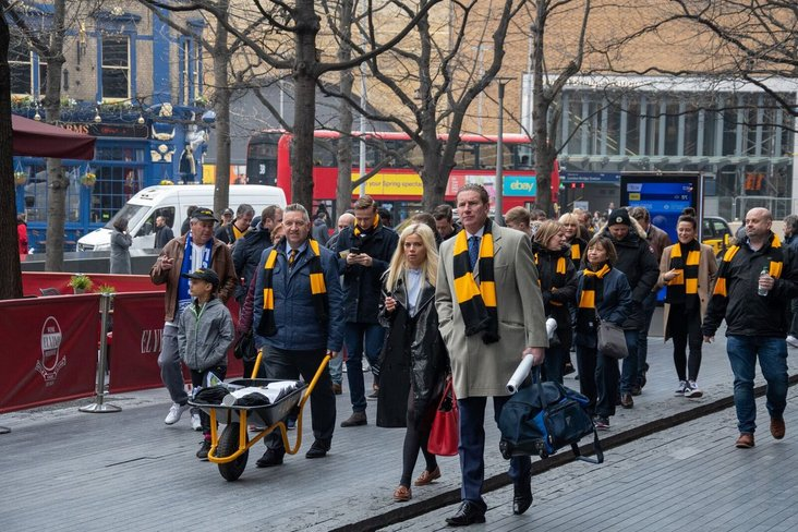 Wanderers on the march!