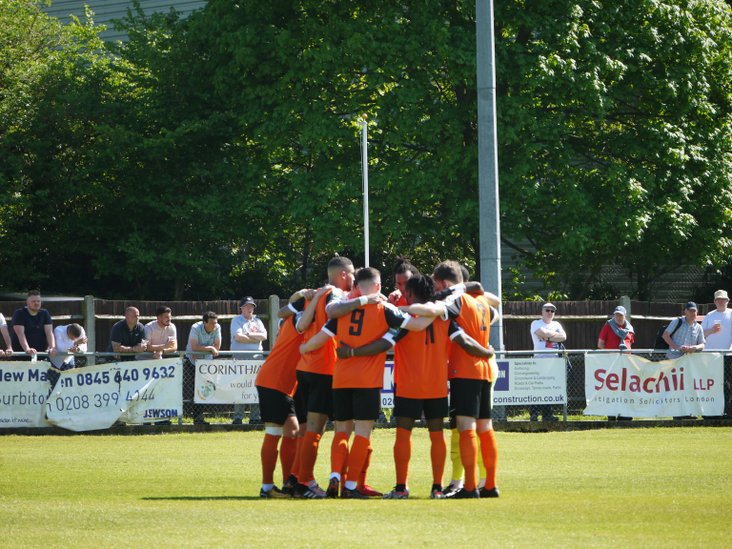 A Walton huddle