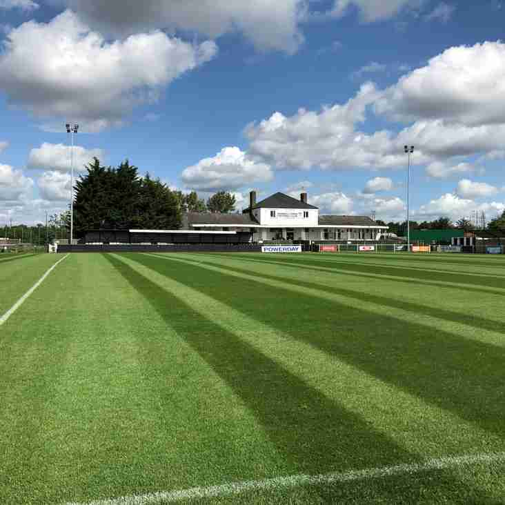 Hanwell Town unveil a new phone-operated pitch!