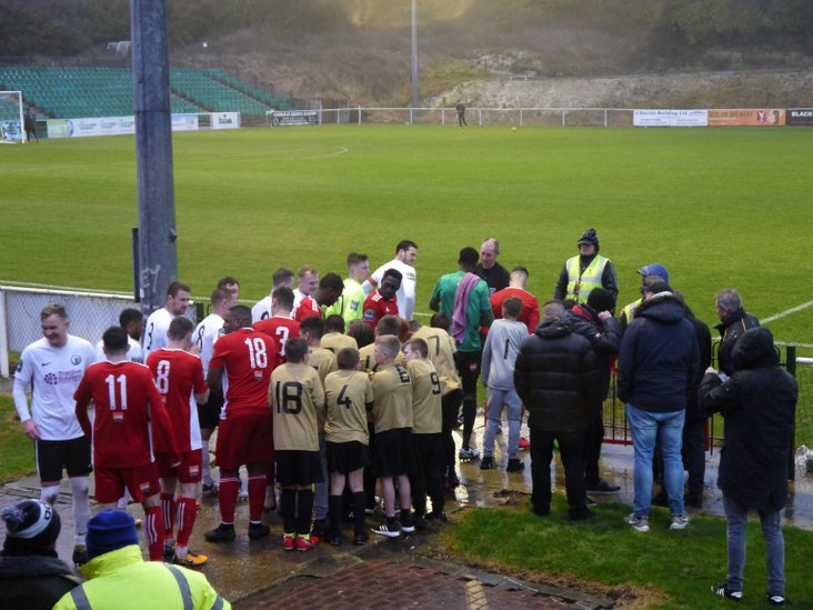 The arrival of the players- and mascots