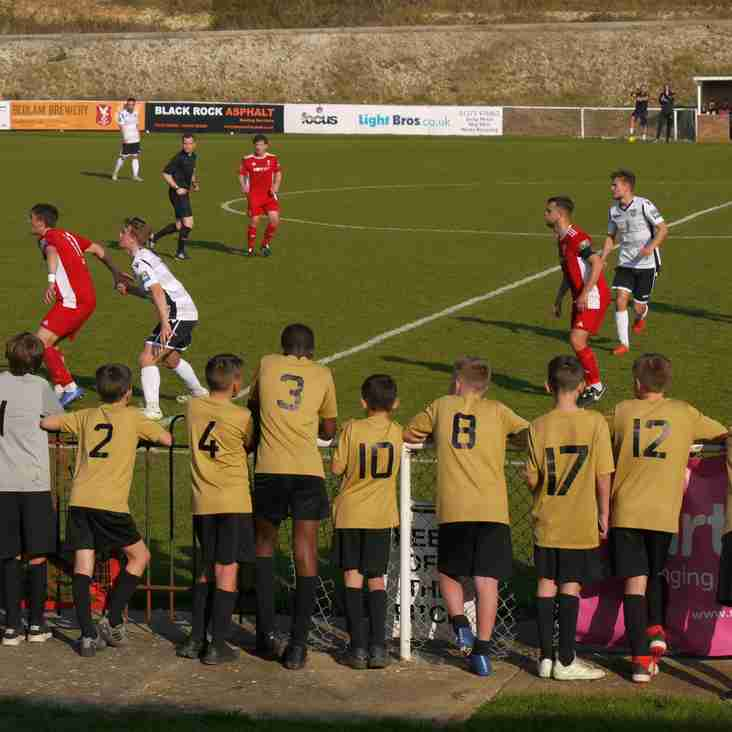 Dorking, Bowers and Hayes close in on promotion- whilst Cray slip up