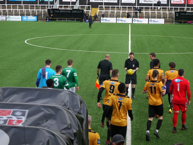 The teams arrive