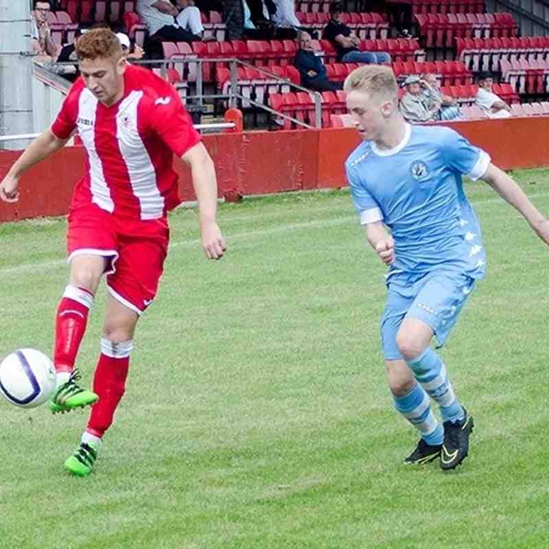 Alex gammond plays the ball forward