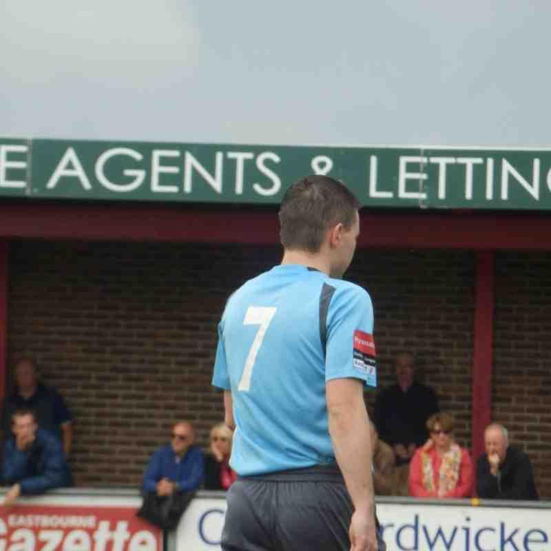 Eastbourne Borough FC1-1 Enfield Town FC