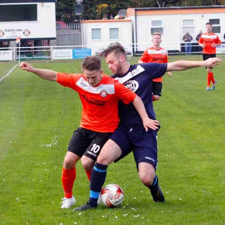 Jones Returns to Caernarfon, Defender Signs