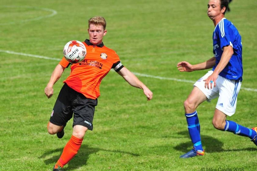 Tangerines Rack Up Big Home Win