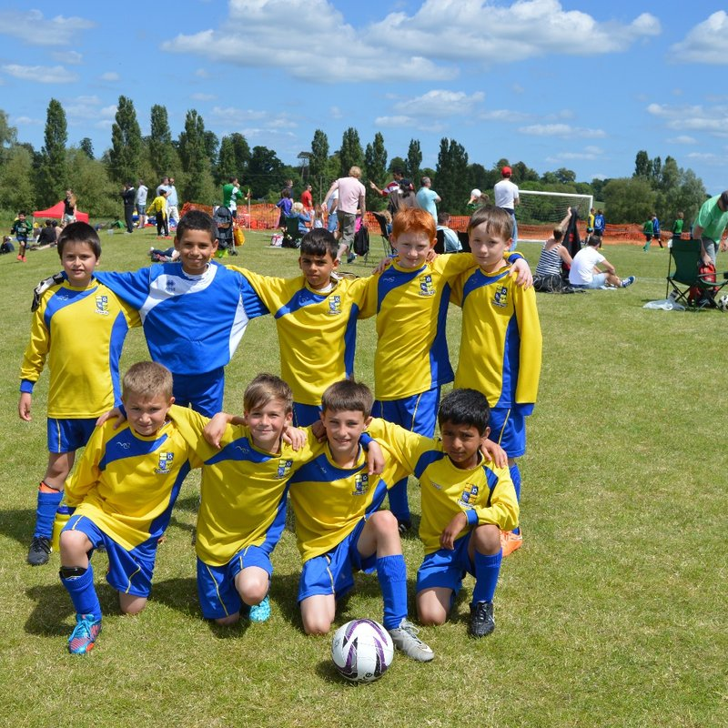 Under 13s Youth beat Tring Tornadoes 6 - 2