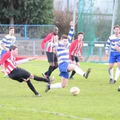 Ilford and Clapton in stalemate