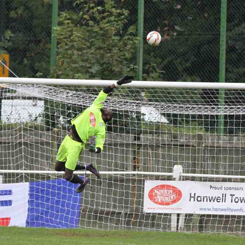 Hanwell Town v Royston Town