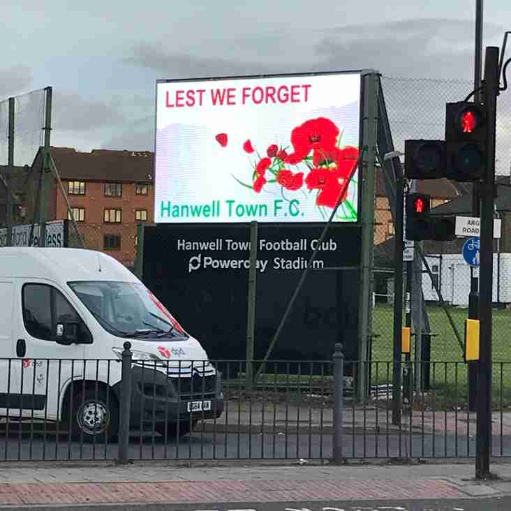Hanwell Town FC supports Poppy Appeal