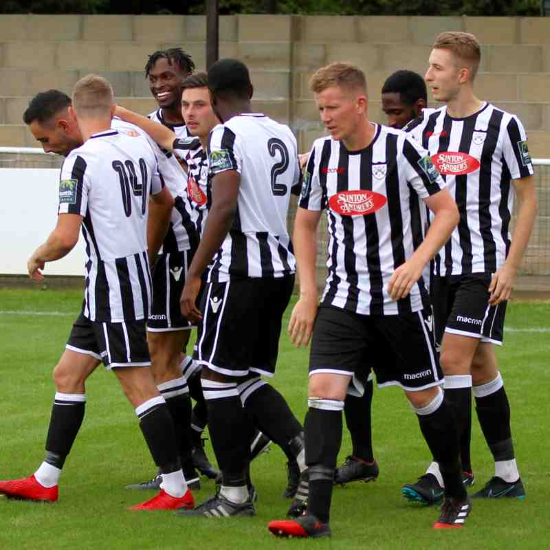 Hanwell Town v Bedfont Sports