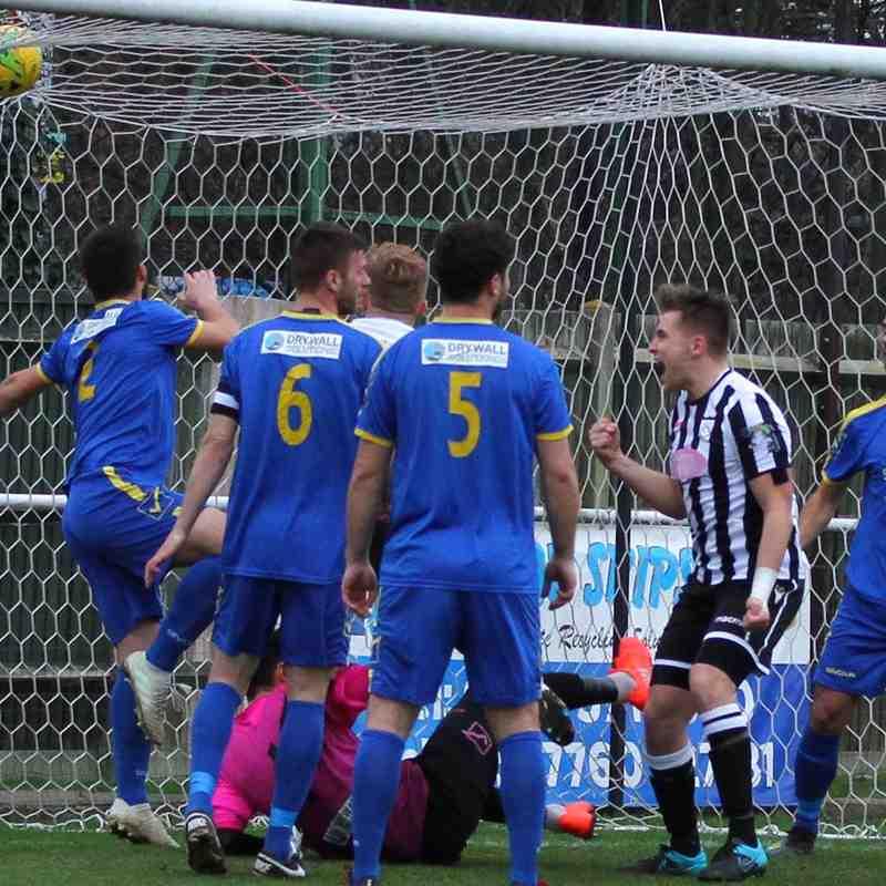 Hanwell Town v FC Romania