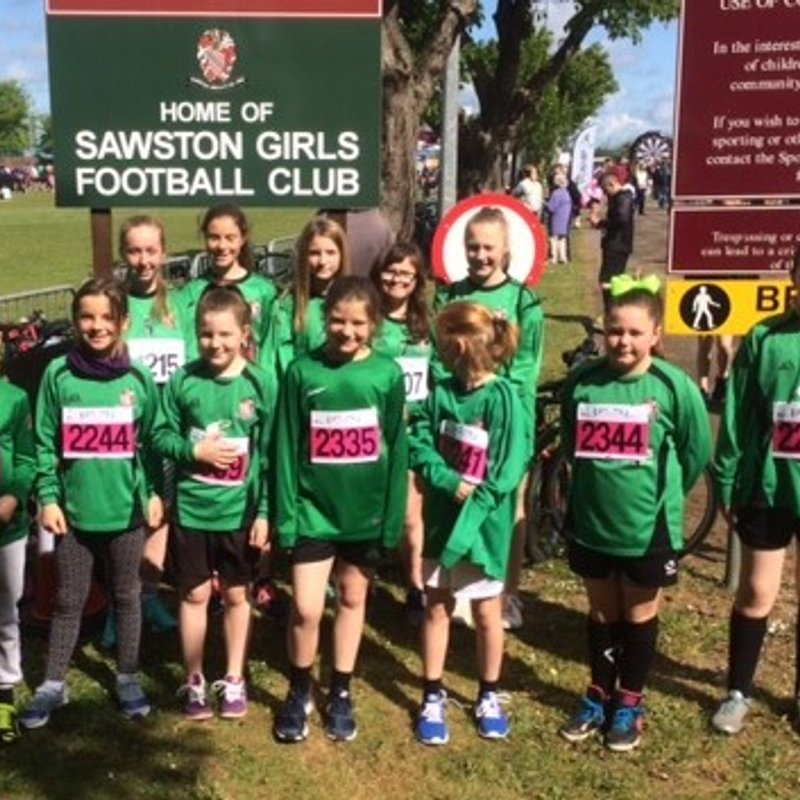 Sawston Girls FC - have fun at the fun run !