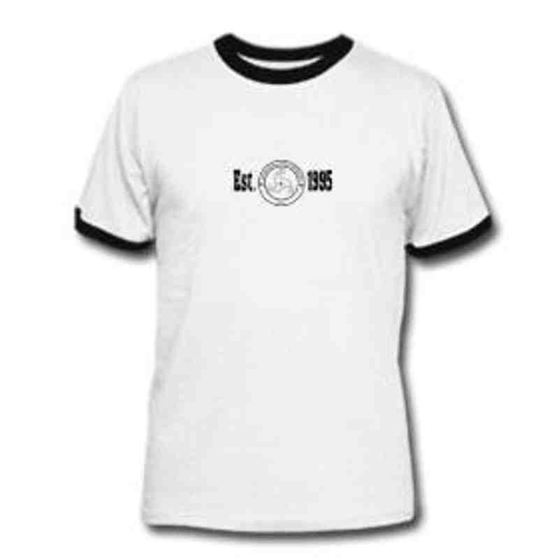 'est 95' logo contrast t shirt