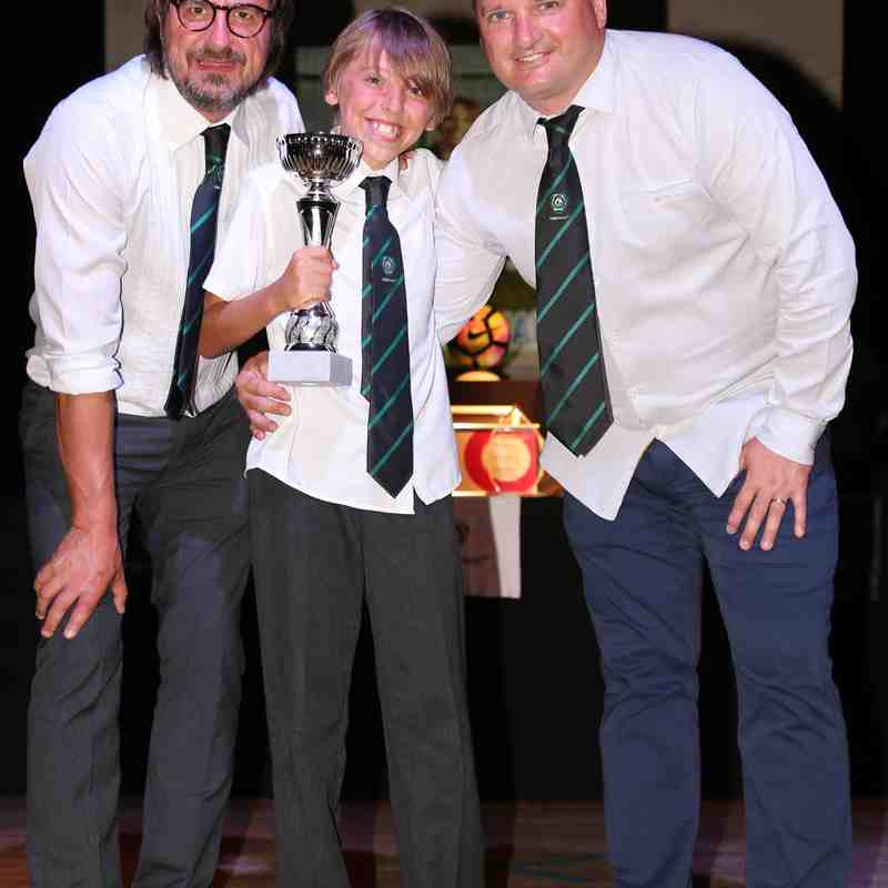 Presentation Night 17-06-17 u10,11s + u8,10,12s Girls.