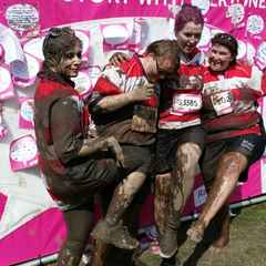 Pretty Muddy Warley Women raise over £950 for Cancer Research UK