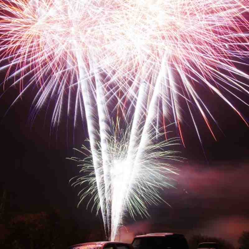 Fireworks Elland roundtable and Greetland Allrounders