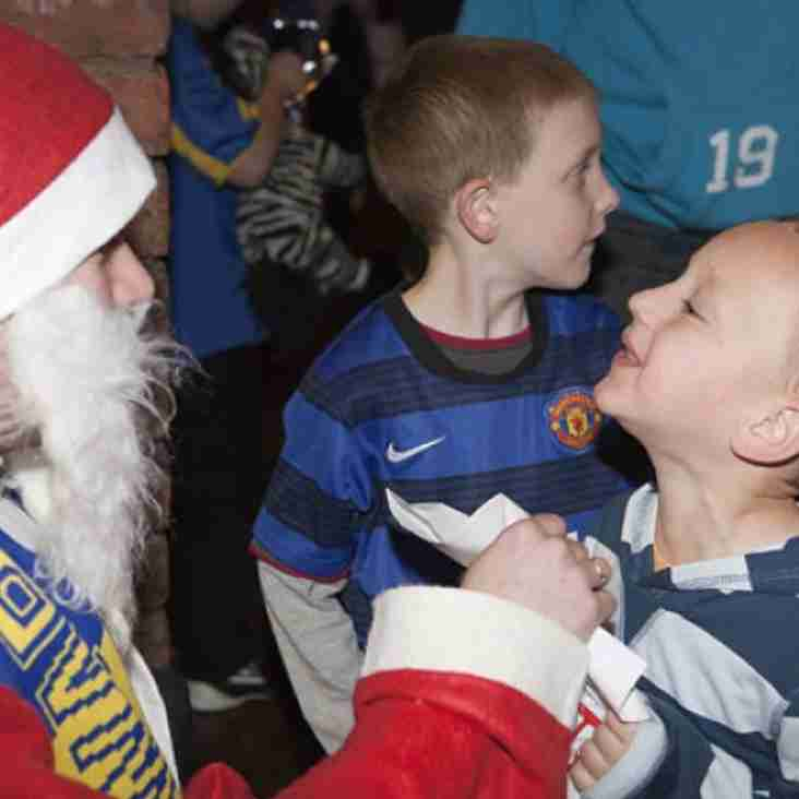 Santa Claus is coming to (Warrington) Town
