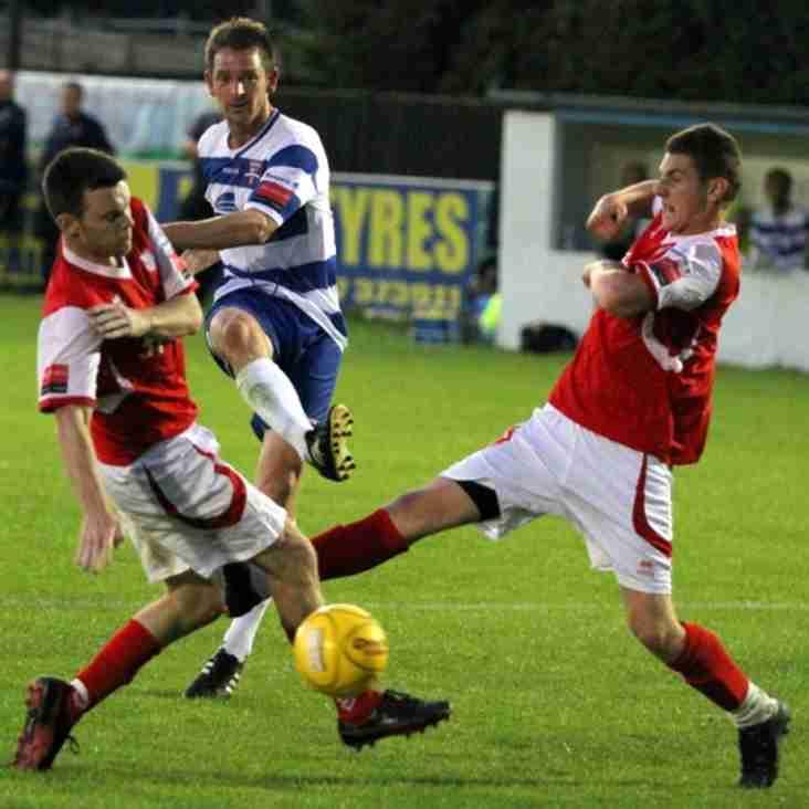 Kinnear adds striker Rook
