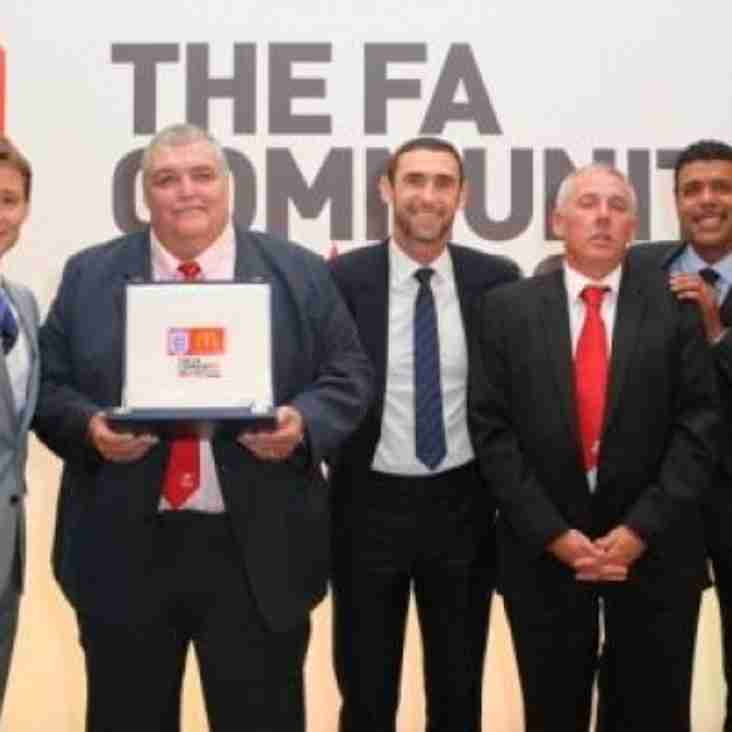 Robins honoured at Wembley